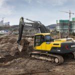 Volvo CE поставила в Россию первую партию новых экскаваторов EC200D